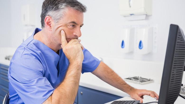 La télésanté en expansion – les associations dentaires modifient leurs règles