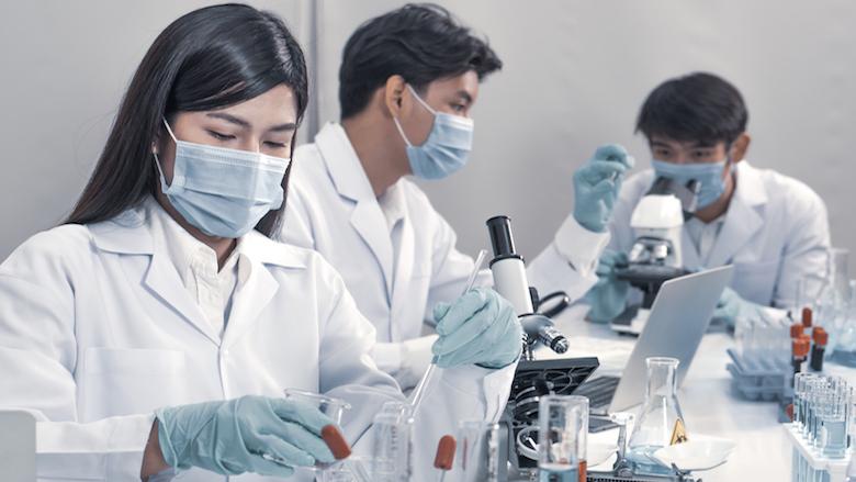 Etude des liens entre le microbiome oral, les variations génétiques et la parodontite